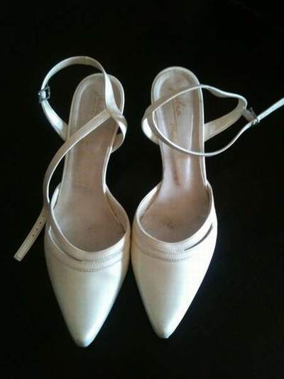 2d54cb1dc12936 robe ivoire chaussures blanches,chaussures talons ivoire,chaussures  blanches robe ivoire